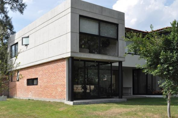 Raul Velazquez Arquitecto in Livepuntamita