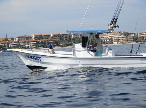 Y-Knot Charters in Livepuntamita