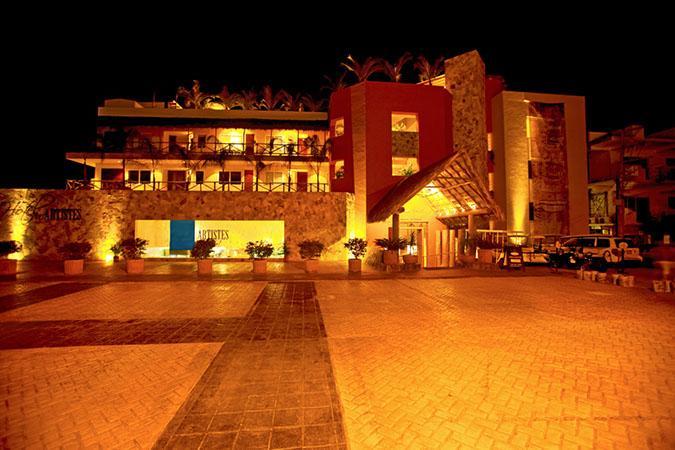 Cinco Hotel Luxury Condo Vacation Rental in Individual homes Livepuntamita