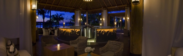St Regis Alive! Magical weekend theme nights at Sea Breeze