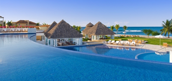 Year After The Famed Travel Leisure Magazine Asks Their Readers To Vote For World S Best Awards Distinguished Very Hotels And