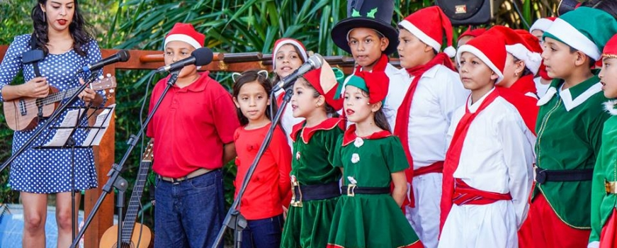 """<a href=""""https://livepuntamita.com/punta-mita-christmas-carols-by-peace-friday-dec-20th/""""><b>Punta Mita Christmas Carols by PEACE – Friday, Dec. 20th</b></a><p>Let's celebrate the spirit of the season with a charming event that has become a new tradition here in Punta Mita. ThePEACE Punta de Mita Choir will delight us with</p>"""