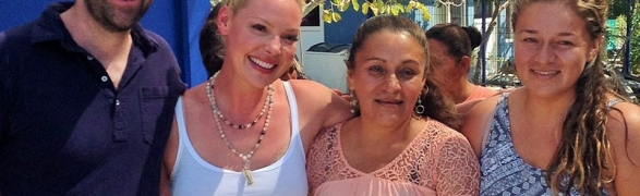 Actress Katherine Heigl and singer Josh Kelley visit PEACE Punta de Mita!